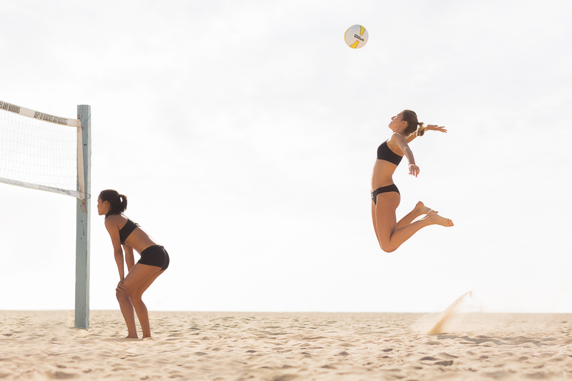 131104__SLU-8107-John Duarte_Sports_Venice_volleyball_sports_women_fitness_web.jpg